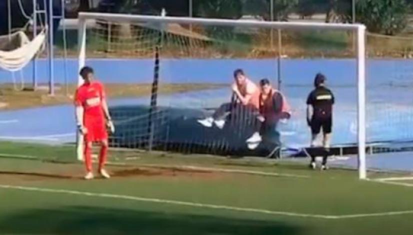 Donne arbitro offese choc articolo ottopagine