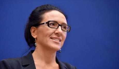 Senatrice-Valeria-Valente